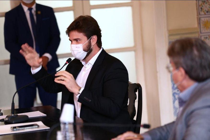 Bruno Cunha Lima é recebido por João Azevêdo e propõe parcerias entre a Prefeitura de Campina Grande e o Governo do Estado
