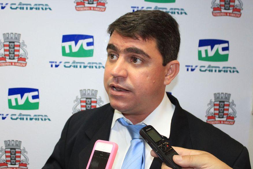 Presidente Dinho anuncia que Câmara de João Pessoa volta a ter sessões presenciais após o recesso