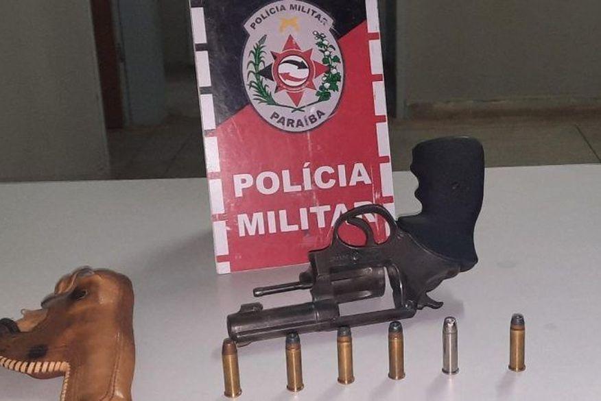 Polícia Militar apreende seis armas de fogo e prende cinco suspeitos no Sertão da Paraíba