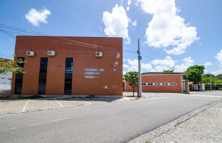 Universidade Federal da Paraíba abre 75 vagas em seleção para médico residente