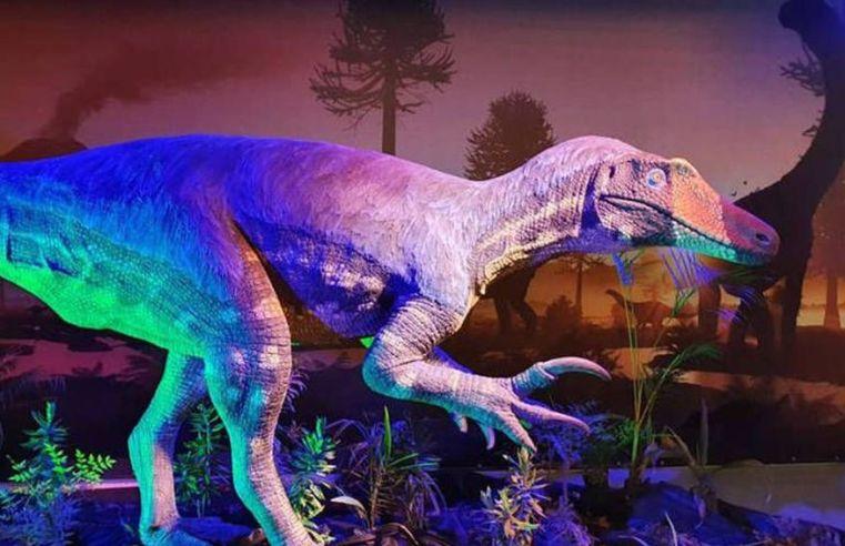 Dinossauro de garras enormes descoberto no interior de MG ganha reconstrução artística