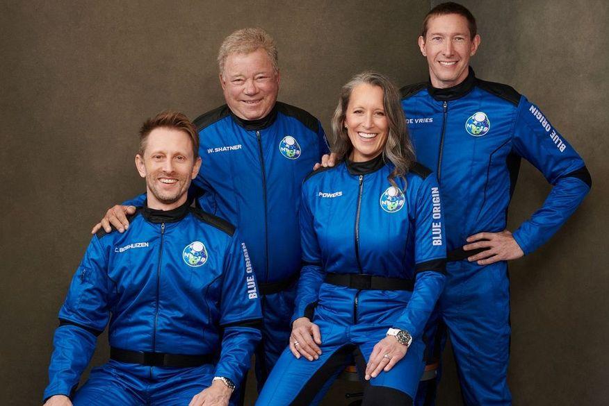 Blue Origin deve r?ealizar voo espacial com 'Capitão Kirk', de 'Jornada nas estrelas', nesta quarta