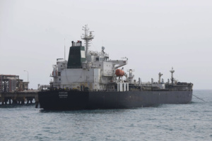 Navega en aguas venezolanas cuarto buque iraní «Faxon»