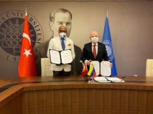 Venezuela firma acuerdo de cooperación académica con Turquía