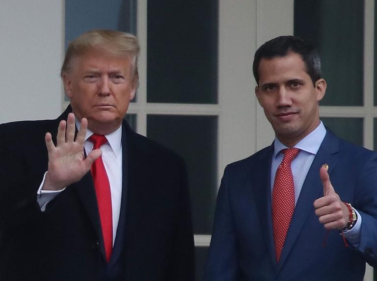 Trump duda de su apoyo a Guaidó y sugiere reunirse con Maduro
