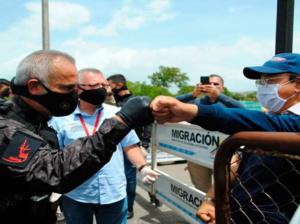 Jefe de Inmigración colombiano plantea solución a tránsito por Táchira