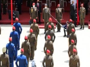 Maduro ascendió a más de 300 militares de la FANB