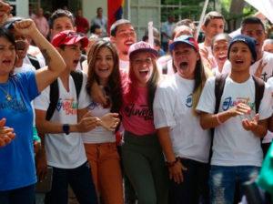 Darío Vivas hace llamado a la juventud para que vote en parlamentarias