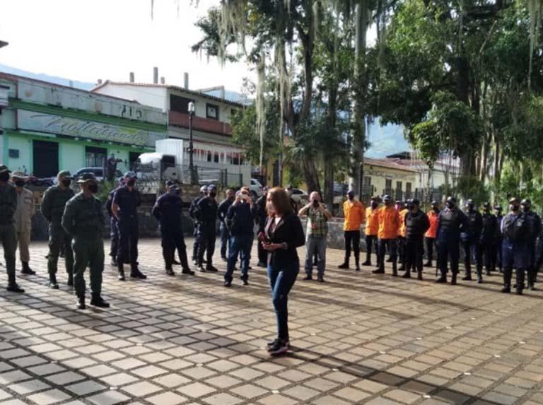 Mil 200 funcionarios vigilan cumplimiento de cuarentena en Trujillo