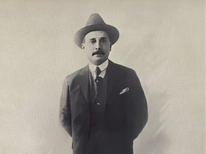 En Isnotú elaboran nueva imagen de José Gregorio Hernández