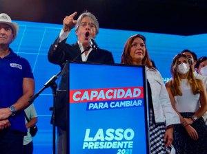 Lasso becomes president of Ecuador and Arauz regrets the setback
