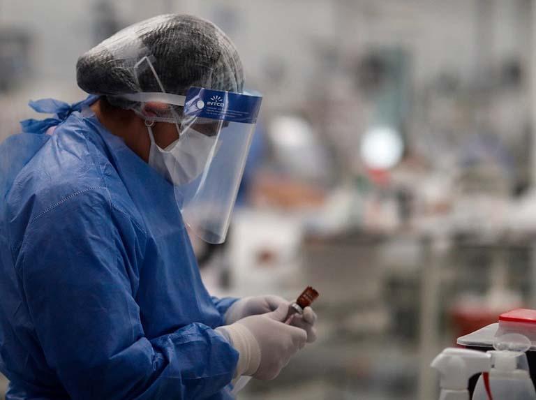 Argentina analiza un antiinfeccioso para reducir carga viral del covid