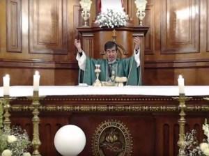 """Renuncia obispo mexicano que dijo """"usar cubrebocas es no confiar en Dios"""""""