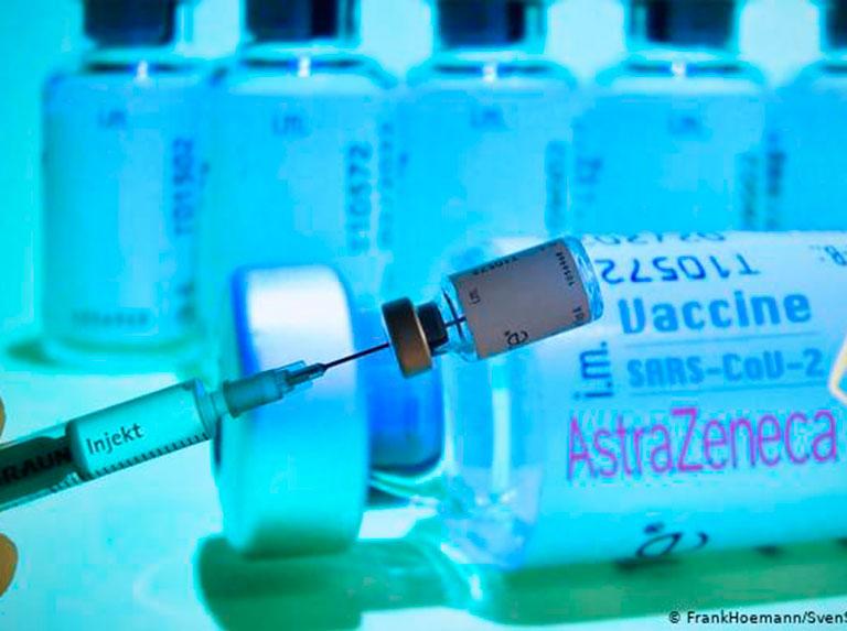 AstraZeneca cambia el nombre de su vacuna para mejorar su reputación
