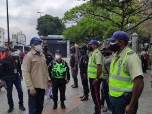 Verifican cumplimiento de la cuarentena radical en Caracas