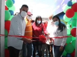 Corpoanzoátegui inauguró en Anaco tercera sede de Farmaoriente