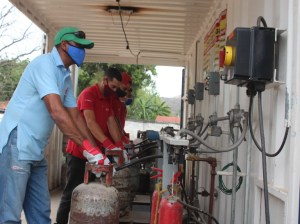 More than 12 thousand Aragüean families benefited from a PDVSA Gas session