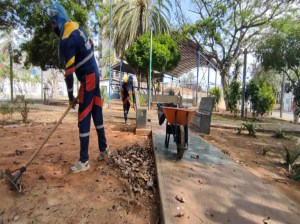 National institutions deployed in Maneiro to serve the people