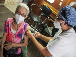 Immunized with the Russian vaccine 308 grandparents of Guarenas