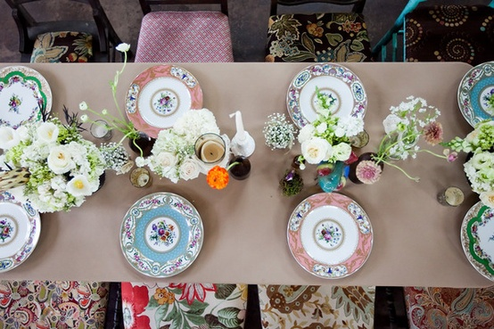 001 patterned table setting
