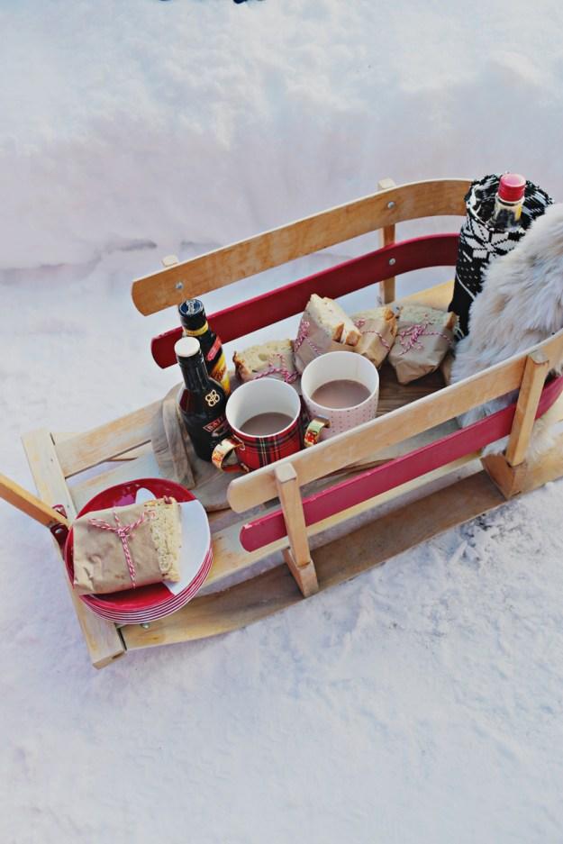A Winter Girls Getaway to Lake Louise | Ultimate Bridesmaid | Fuller Edge Photography