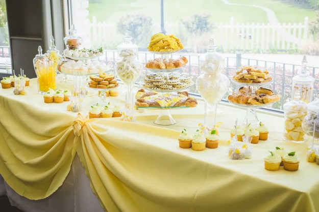 A Sunshine Yellow Honey-Themed Bridal Shower | Ultimate Bridesmaid | Wandermore Photography