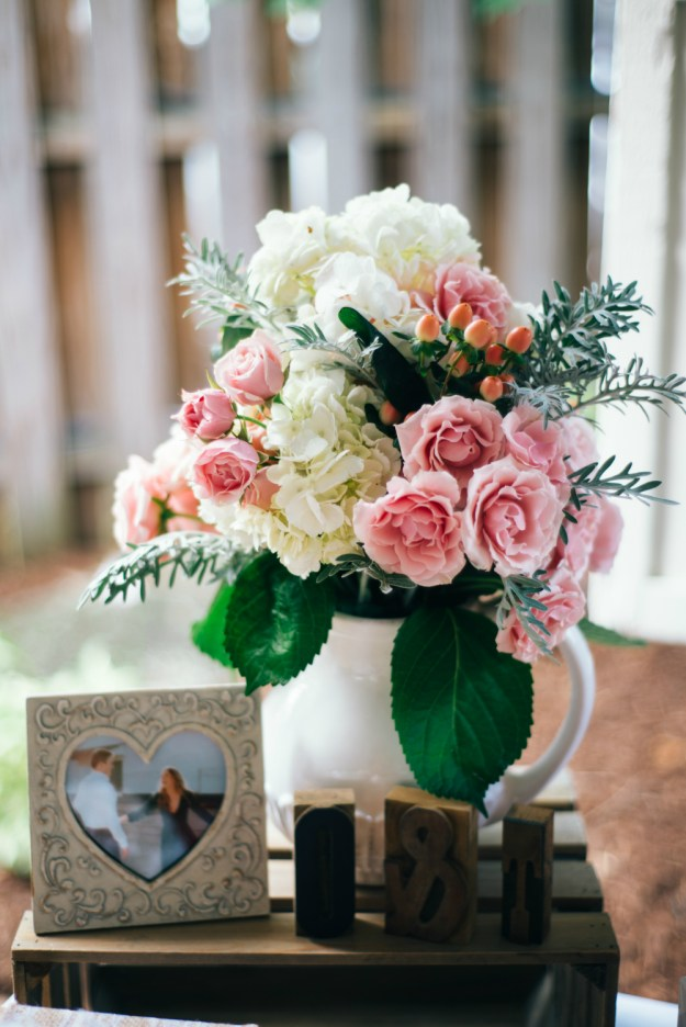 Roses and hydrangeas arrangement. A Summer Picnic Bridal Shower | Ultimate Bridesmaid | Jill Gearhart Photography