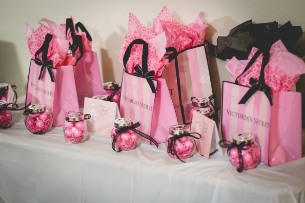 A Lingerie & Painting Party Bridal Shower | Ultimate Bridesmaid | Posh Moments Photography