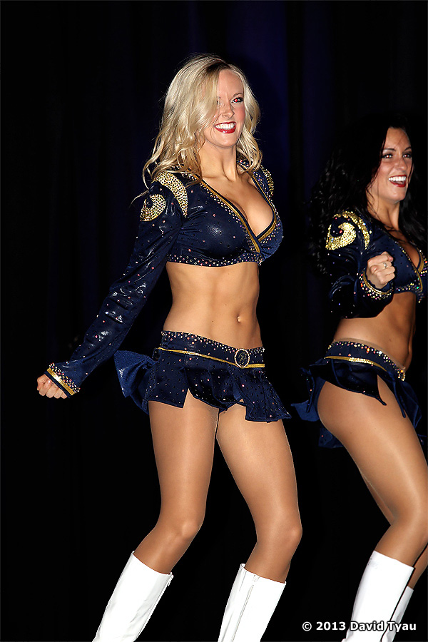 Spirit Of St Louis The 2013 St Louis Rams Cheerleaders