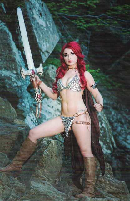 Red Sonja #8 1:10 Cosplay Photo Virgin Variant Dynamite 2017
