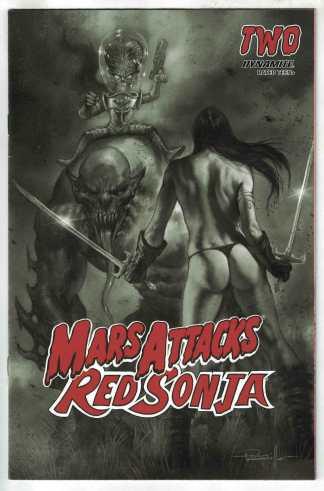 Mars Attacks Red Sonja #2 1:10 Lucio Parrillo B&W Variant Dynamite 2020 VF/NM