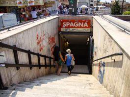 Roma, borseggiatrici nomadi fermate alla stazione Spagna della metro A