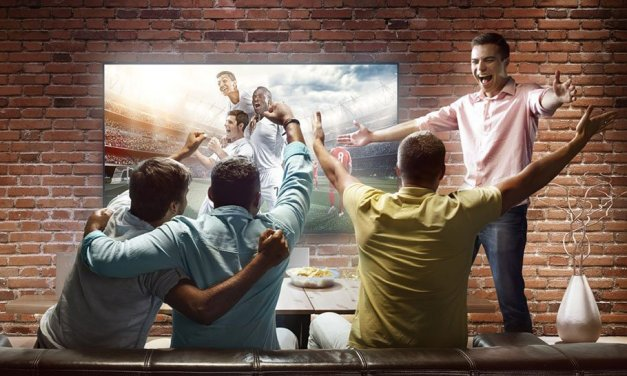 Der UHD-Fernseher als perfekter Ersatz für das Lagerfeuer