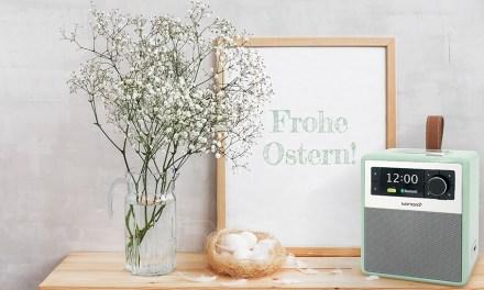 Pastellgrün und mit Lederschlaufe spielt EASY digital und analog