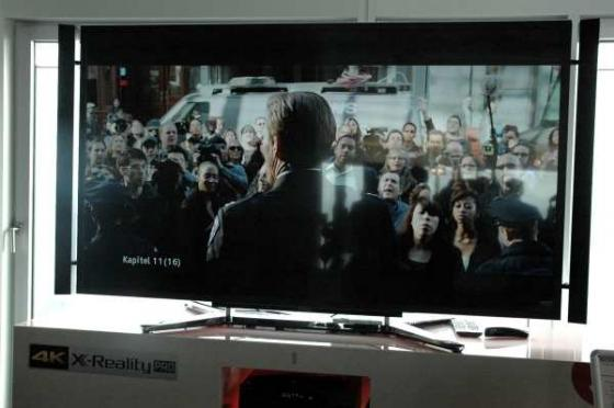 Sony KD-84X9005: 84 Zoll Ultra HD TV zeigt sich in Hamburg