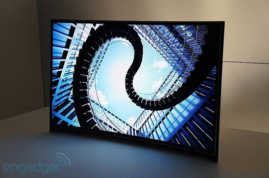 Samsung kündigt 55 Zoll curved OLED-TV für rund 10.000€ an