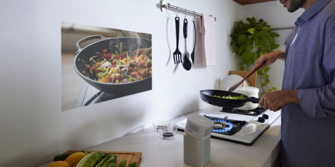Cooking with Projector -Cool things to do with a Projector - ULTRAdvice