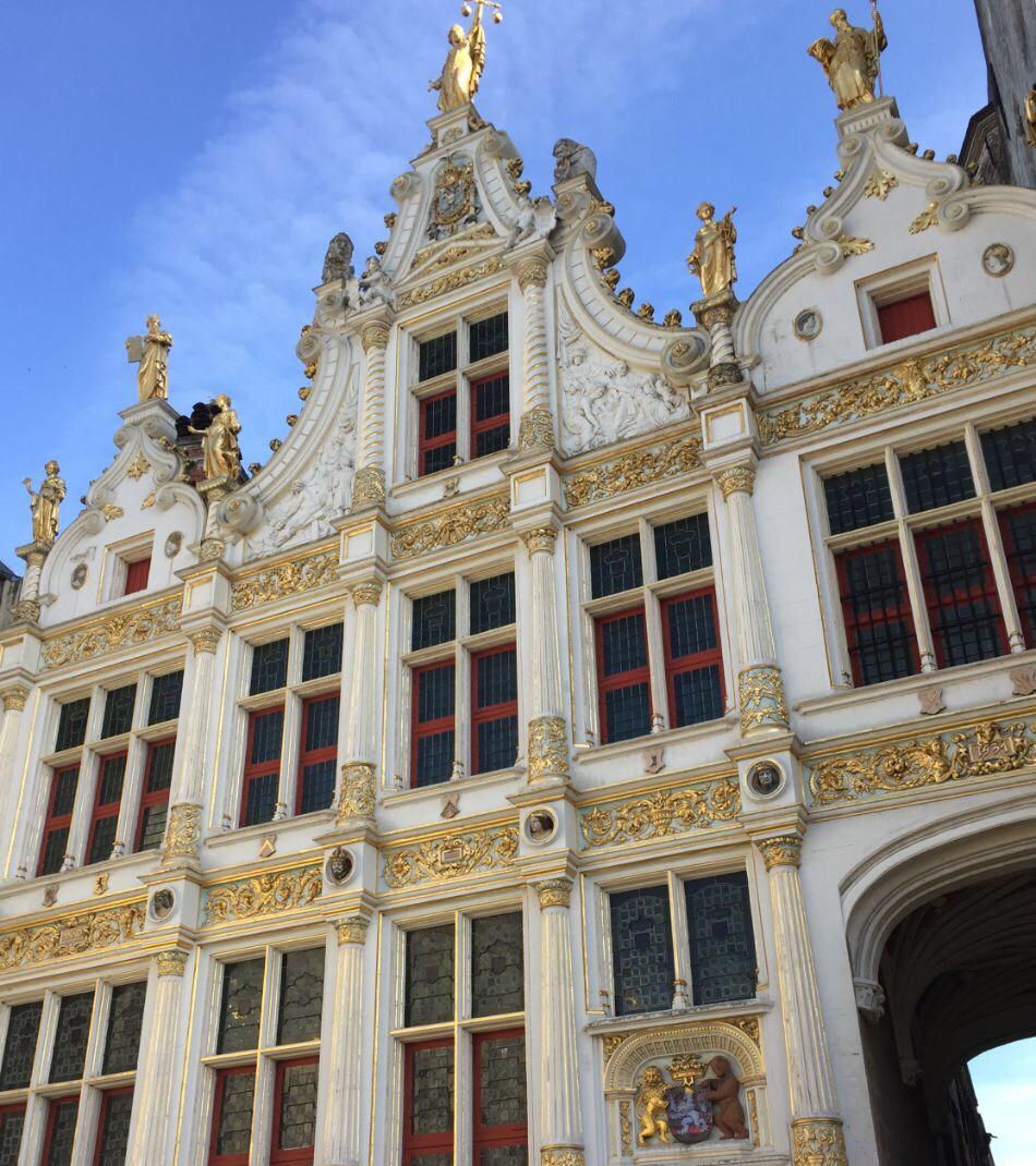 Mais detalhes da imponência das construções da Grote Makt de Bruxelas