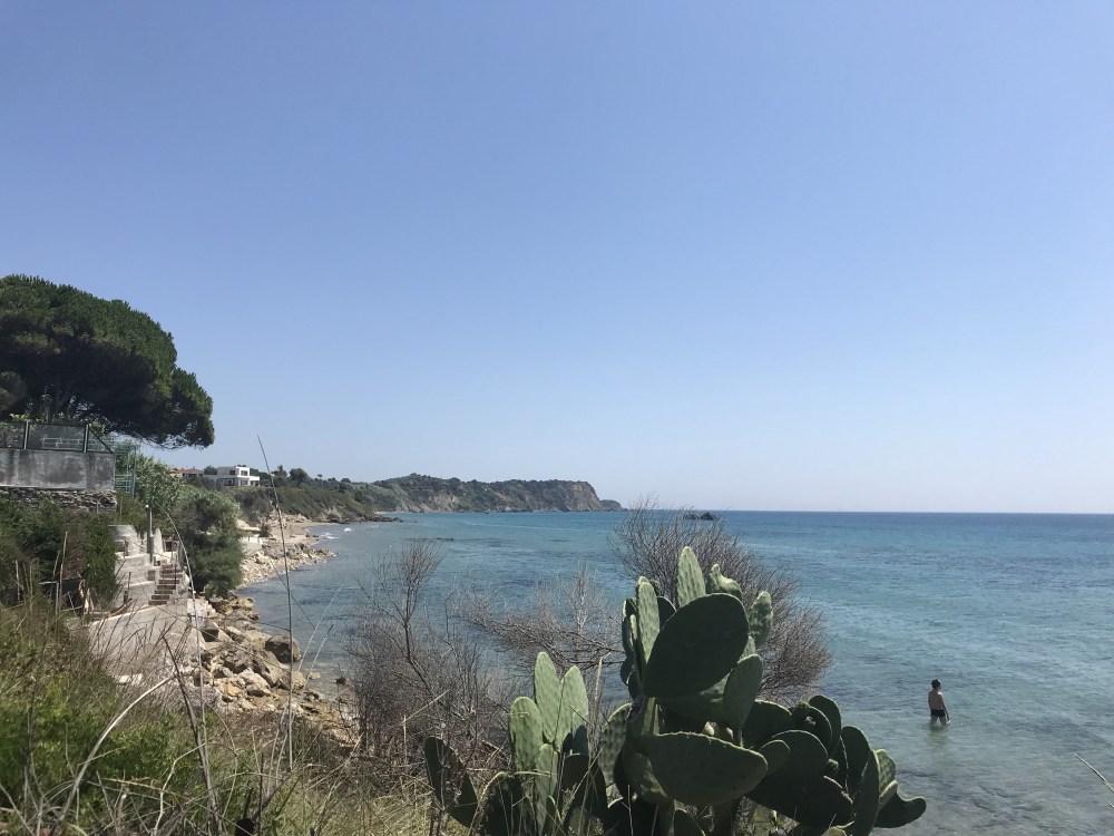 Um pouco mais da costa sul de Corfu