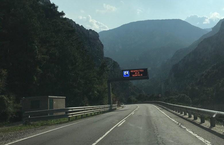 A sinalização é toda em catalão