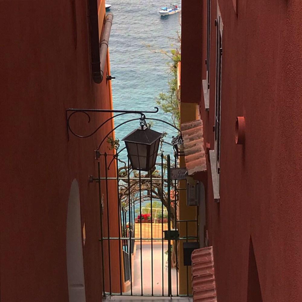 Mas lógico que ficar em Positano nessas ruelas é muita delícia!