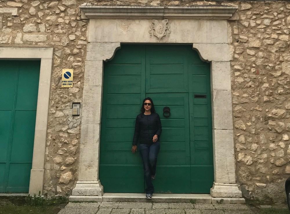 Minha paixão pelas portas de Teggiano