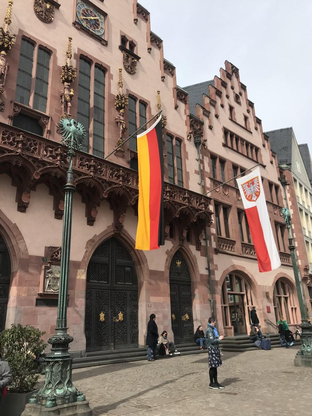 Detalhes da praça central de Frankfurt