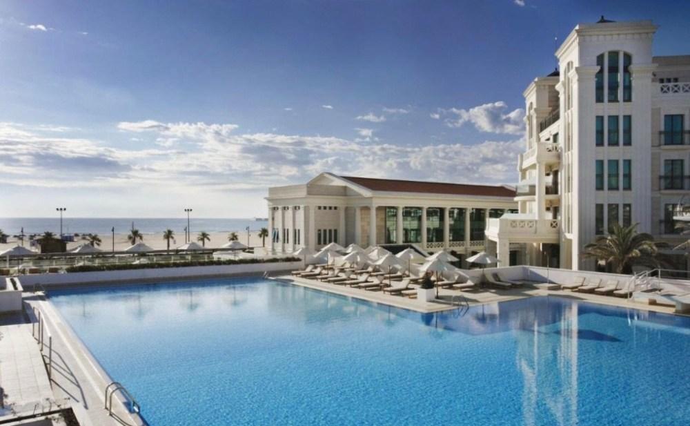 Las Arenas Resort na praia de Valencia