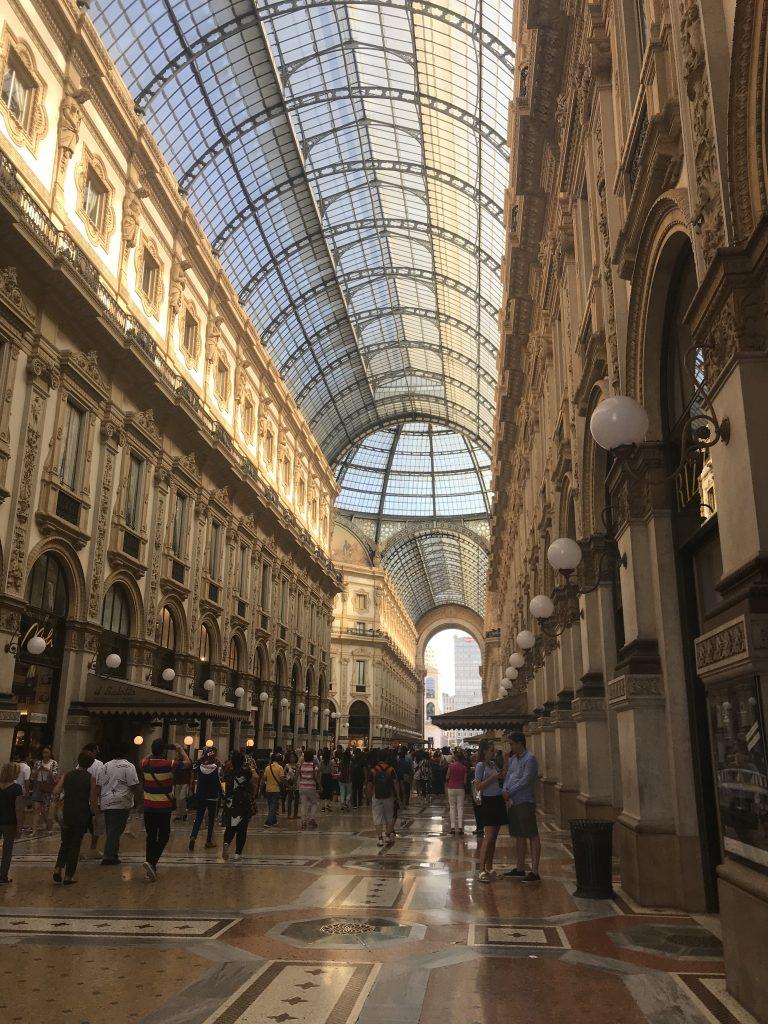 Não deixe de fora do roteiro de viagem a Galeria Vottorio Emanuele