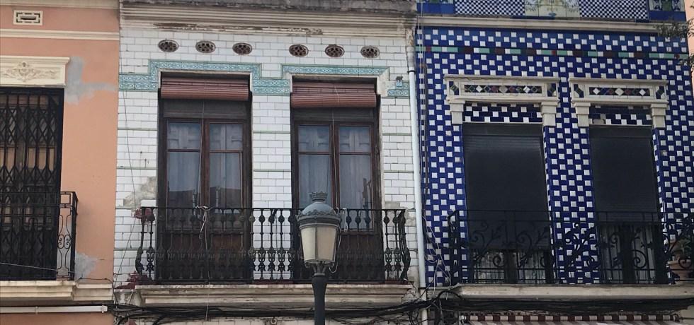 As casas coloridas são a marca de El Cabanyal