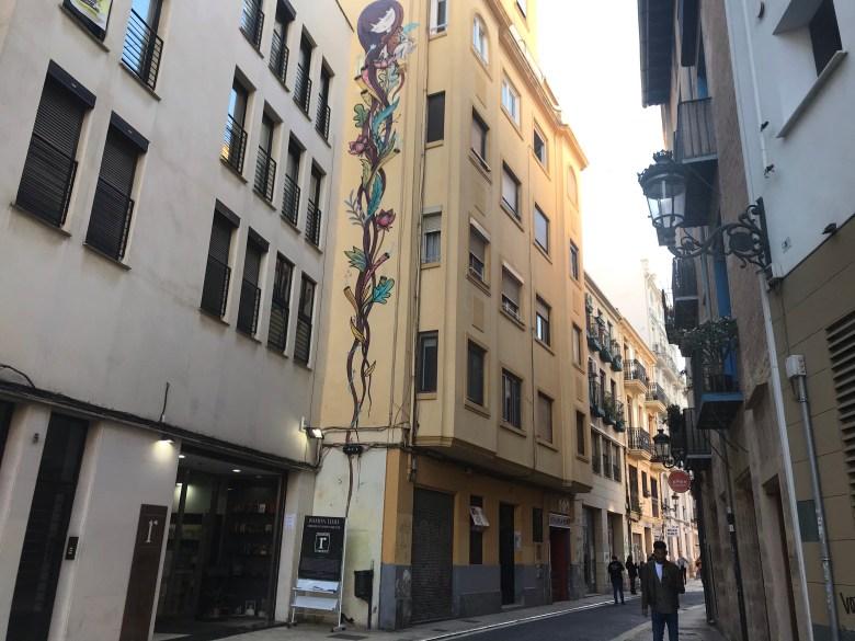 Grafite de Julieta na Calle de la Beneficencia, em El Carmen, Valencia