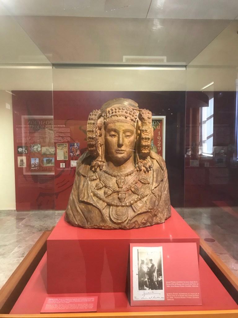 A escultura mais antiga de uma mulher espanhola