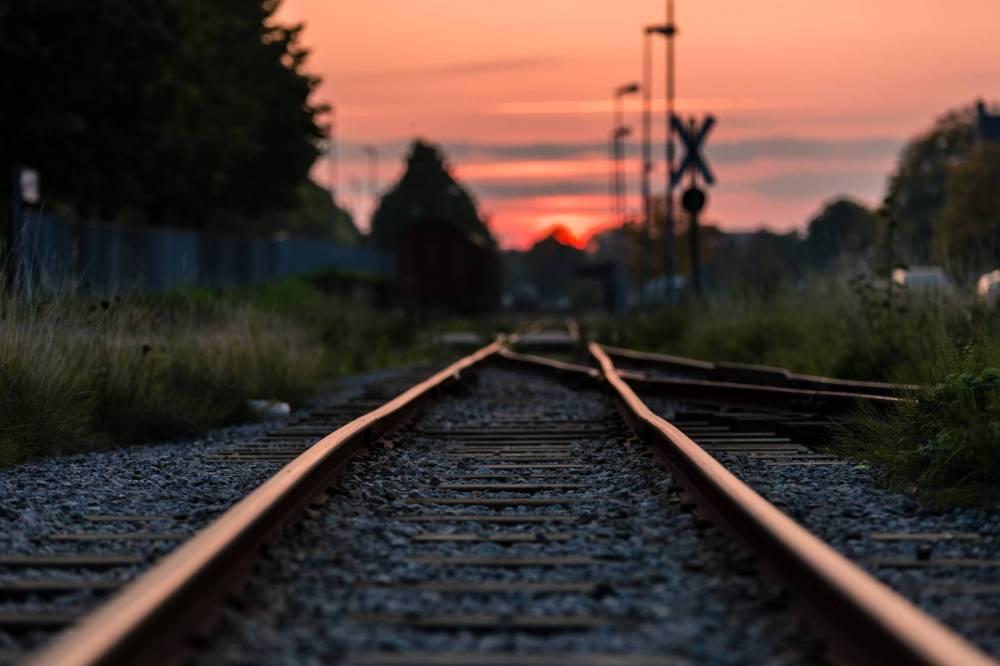Conhecer a Bélgica de trem possibilita ver mais cenários e curtir a experiência nesse transporte