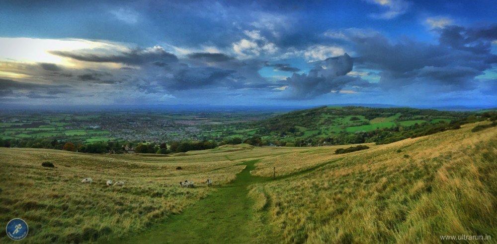 Descending Cleeve Hill